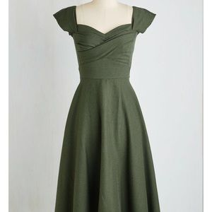 Stop Staring! Pine All Mine Midi Dress- Evergreen
